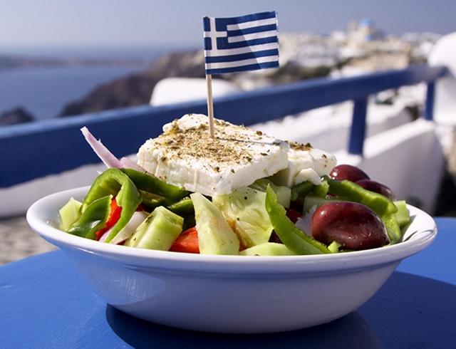 recký salát během dovolené v Řecku ochutsnad každý