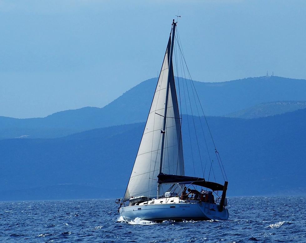 plachetnice, plavba na lodi, dovolená na lodi, kondiční plavby, moře, jachting, jachting v Řecku, plachetnice v Řecku